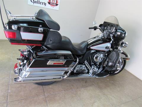 2010 Harley-Davidson Ultra Classic® Electra Glide® in Temecula, California - Photo 2