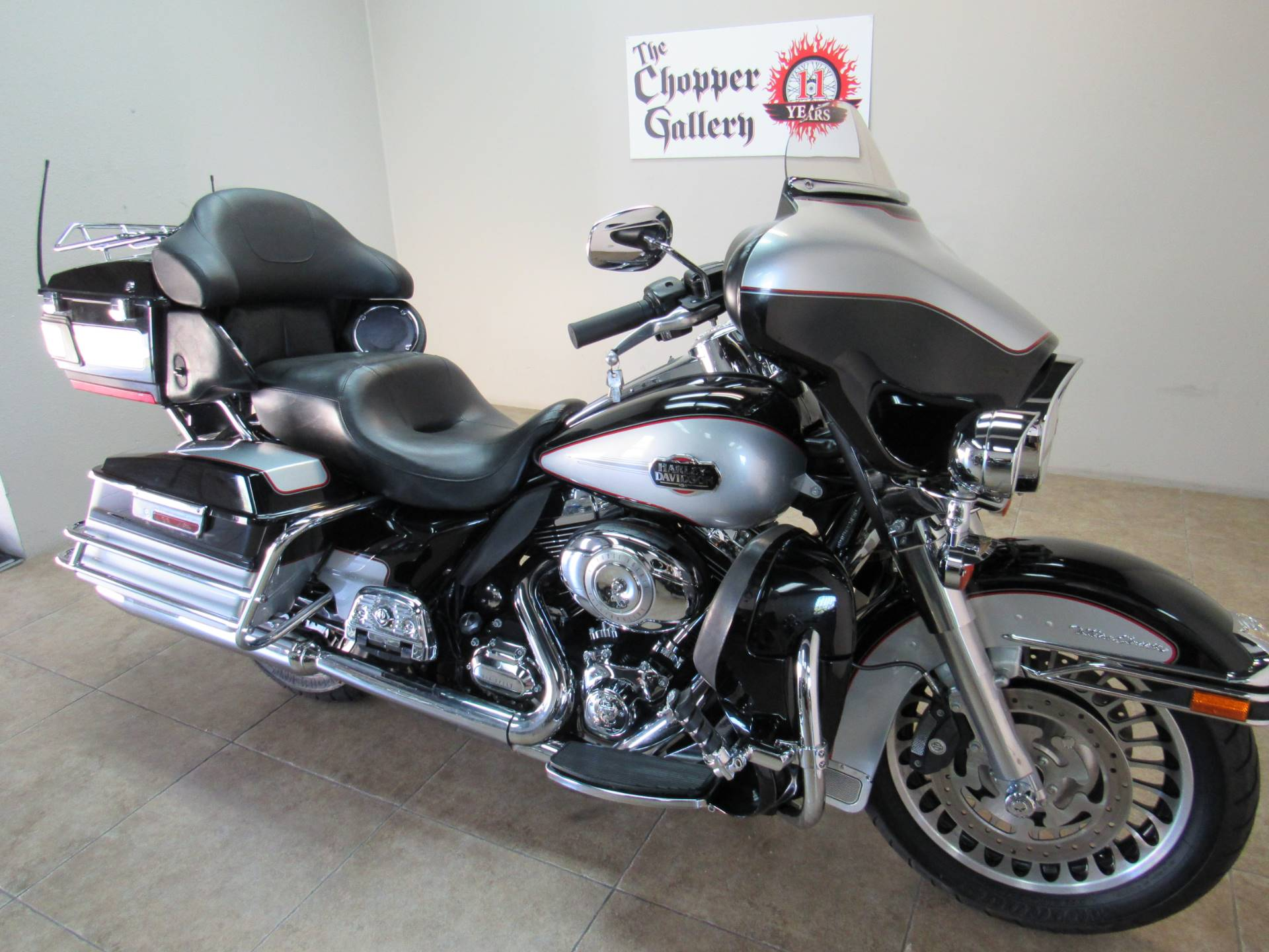 2010 Harley-Davidson Ultra Classic® Electra Glide® in Temecula, California - Photo 19