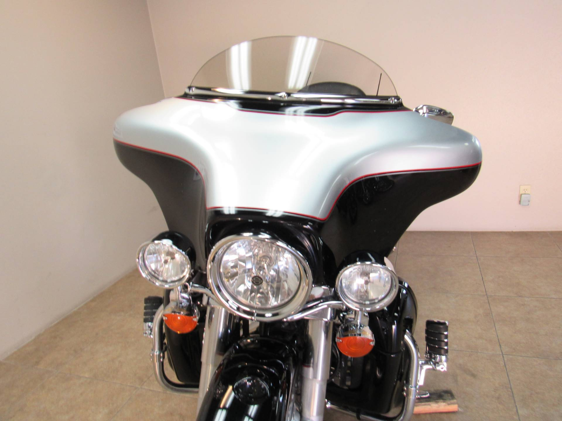 2010 Harley-Davidson Ultra Classic® Electra Glide® in Temecula, California - Photo 28