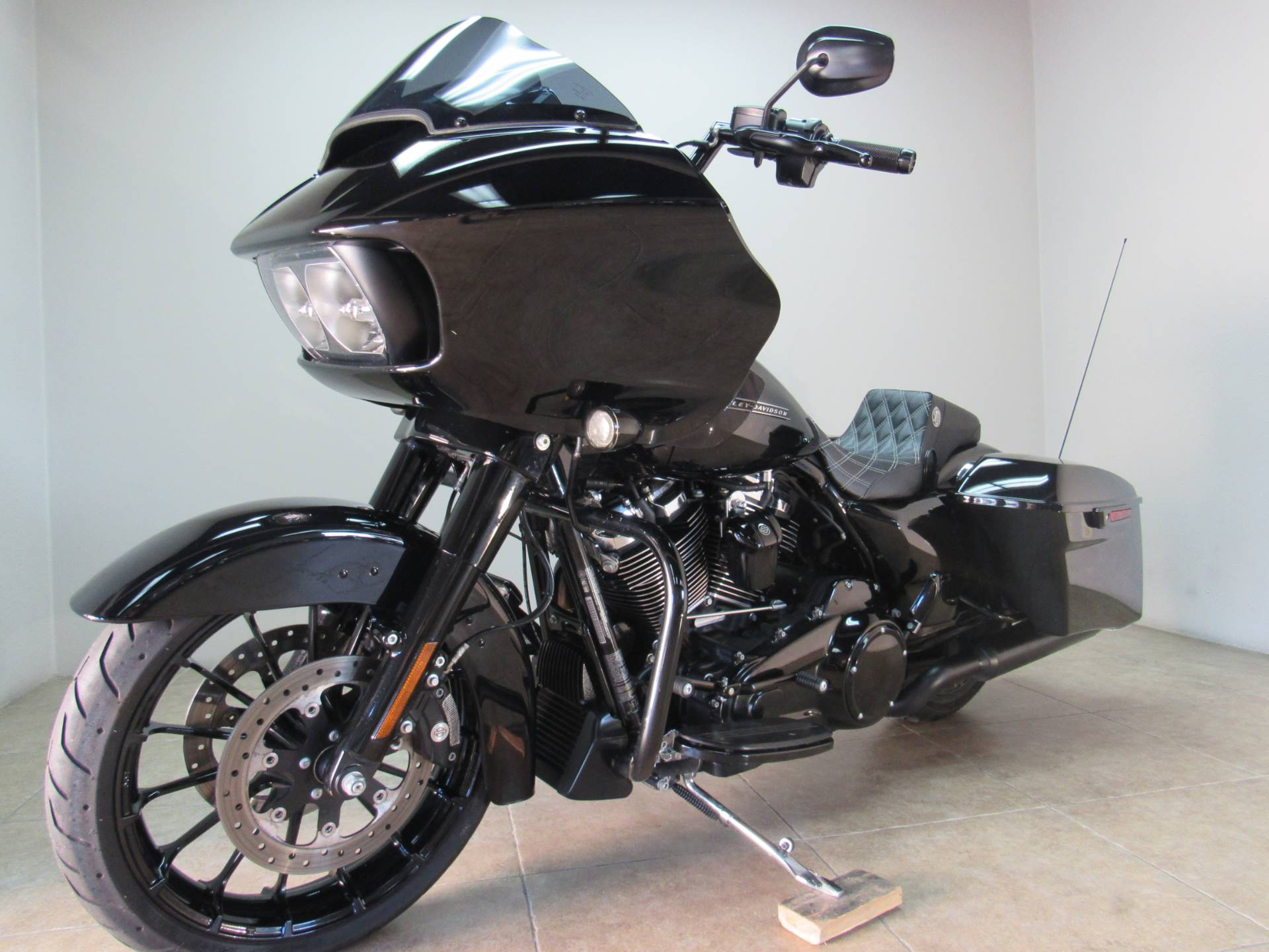 2018 Harley-Davidson Road Glide® Special in Temecula, California - Photo 18