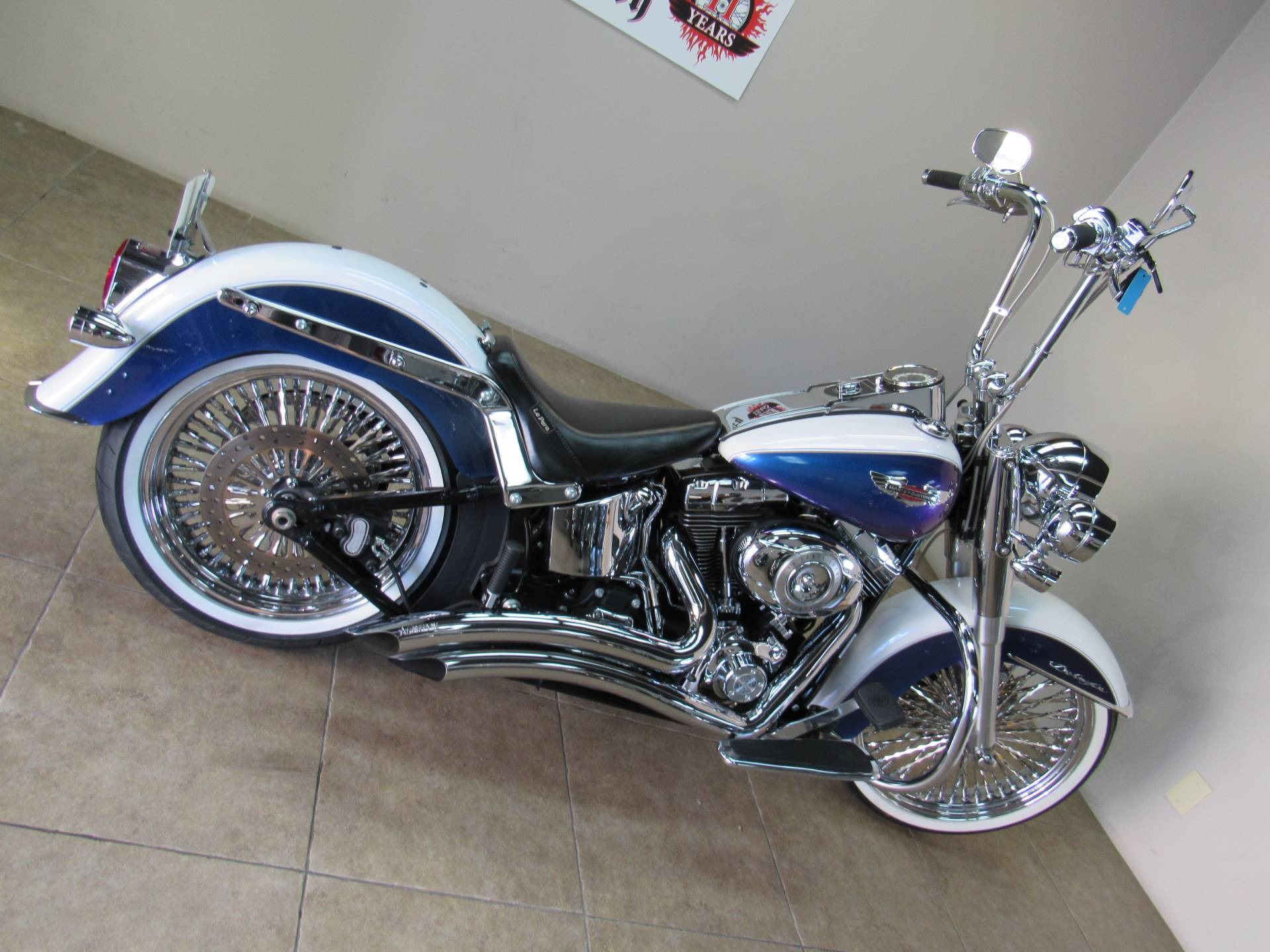 2010 Harley-Davidson Softail® Deluxe in Temecula, California - Photo 9