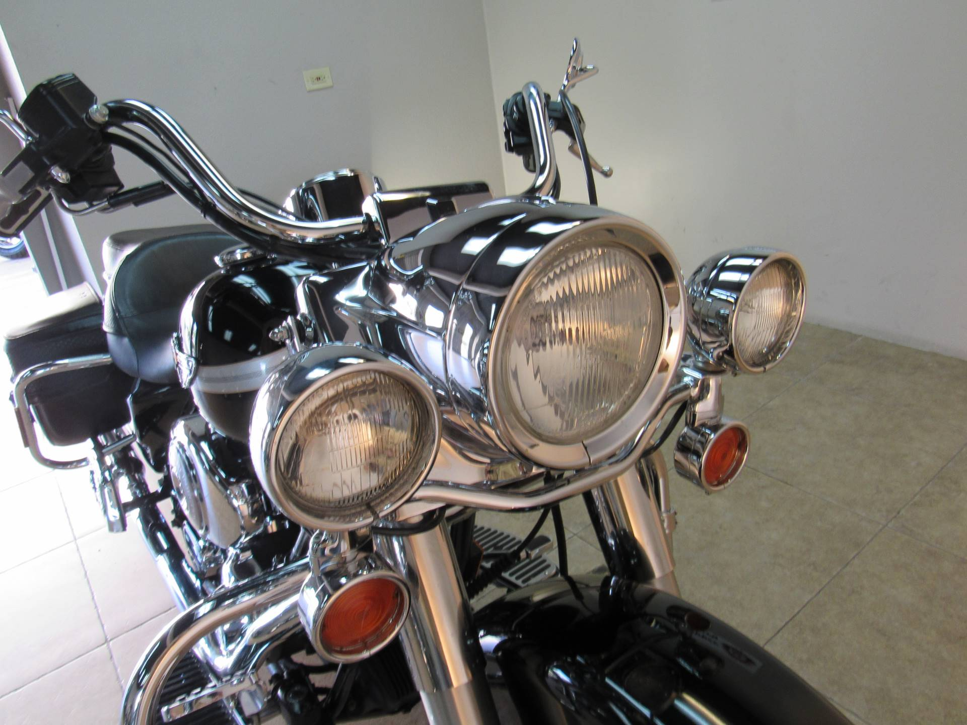 2003 Harley-Davidson FLHRCI Road King® Classic in Temecula, California - Photo 7
