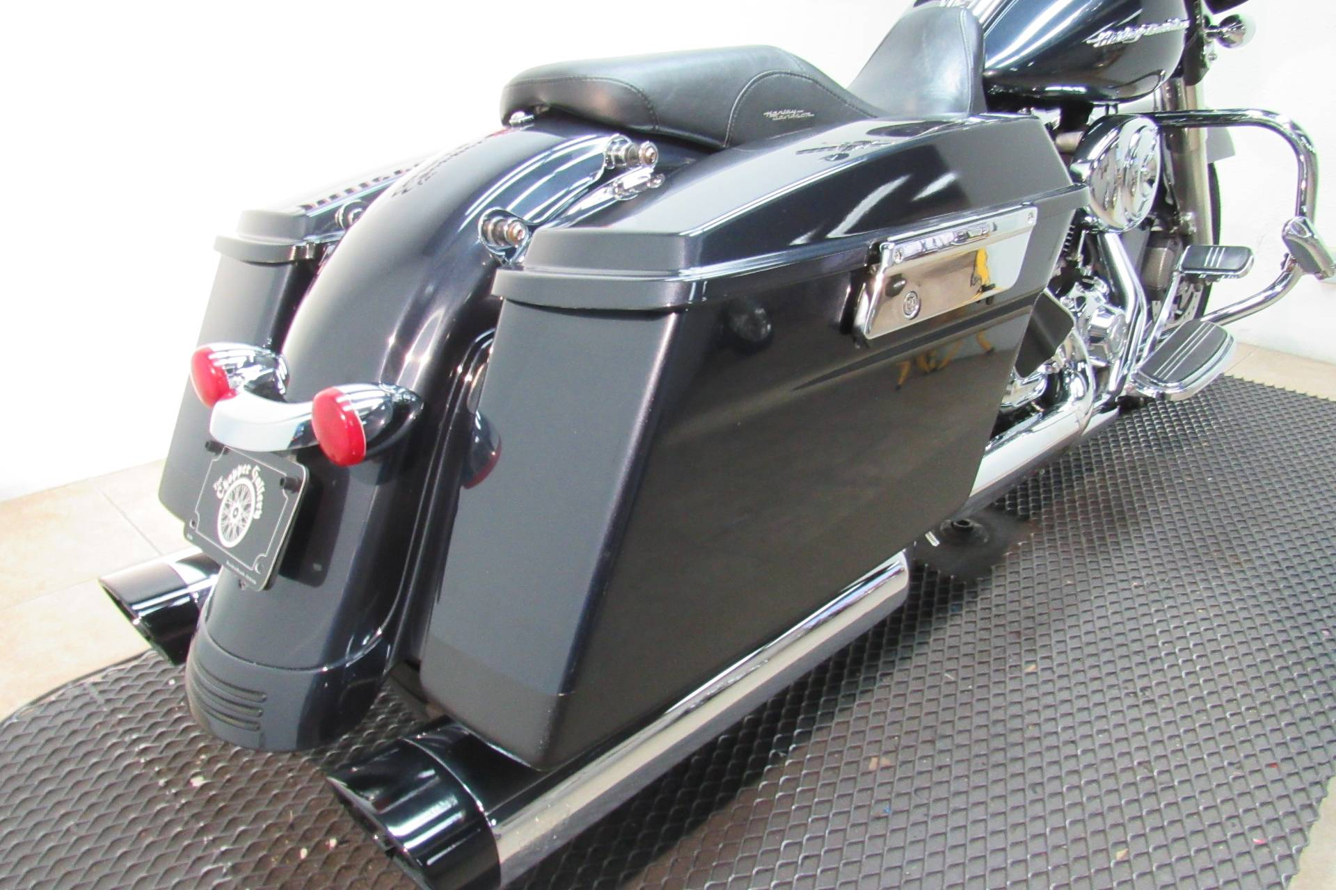 2010 Harley-Davidson Street Glide® in Temecula, California - Photo 21
