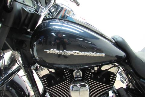 2010 Harley-Davidson Street Glide® in Temecula, California - Photo 25