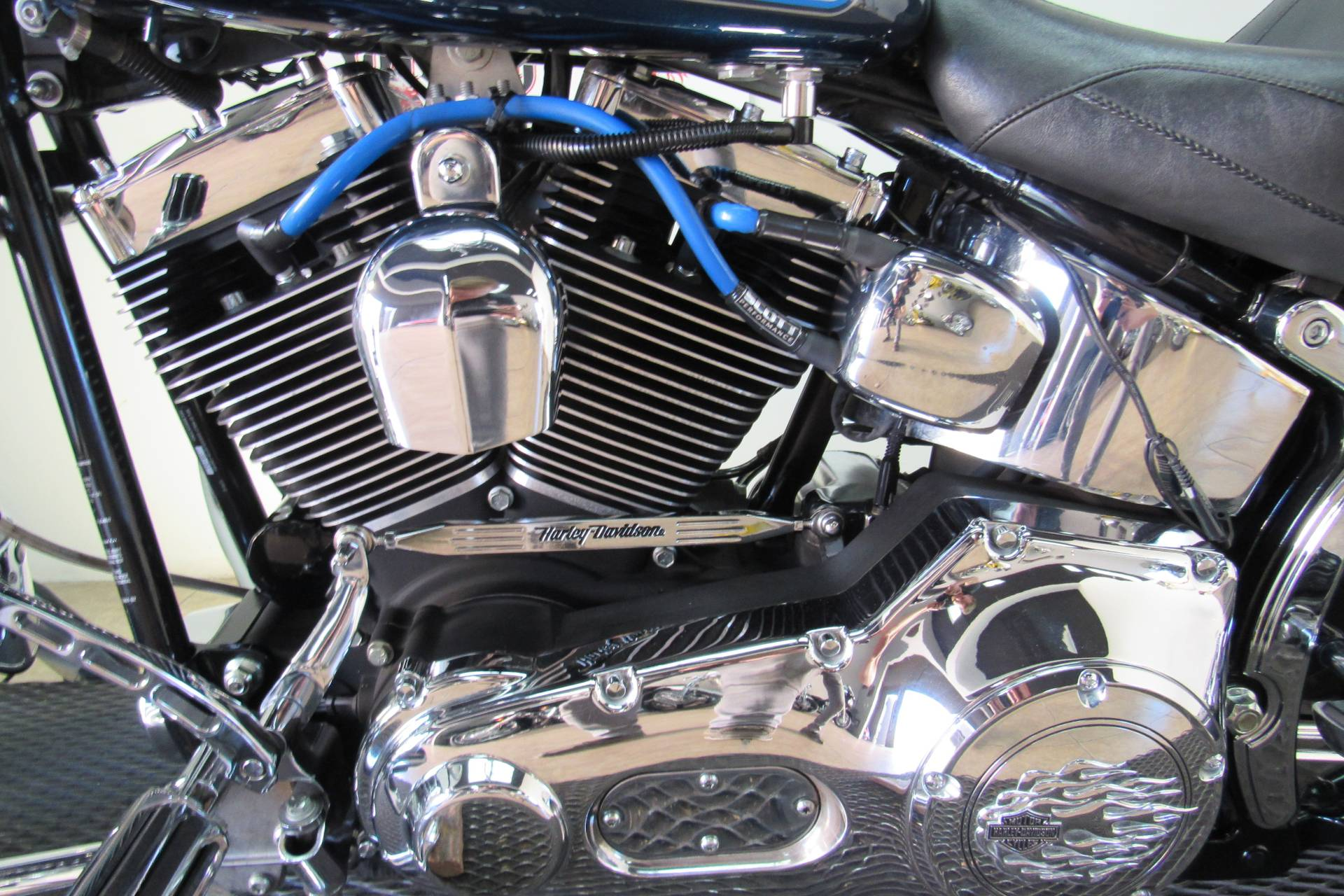 2002 Harley-Davidson FXSTD/FXSTDI Softail®  Deuce™ in Temecula, California - Photo 24