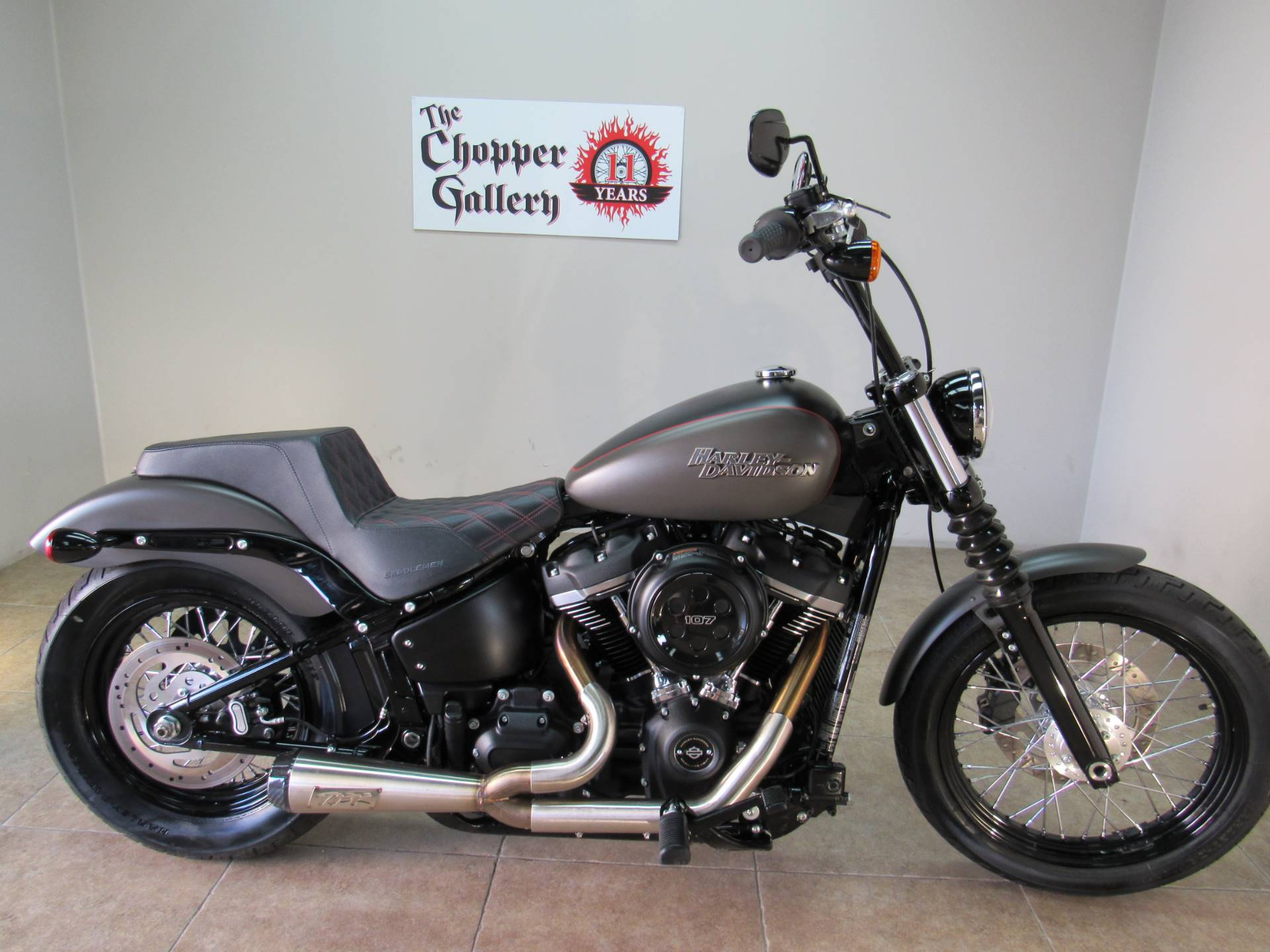 2018 Harley-Davidson Street Bob® 107 in Temecula, California - Photo 2