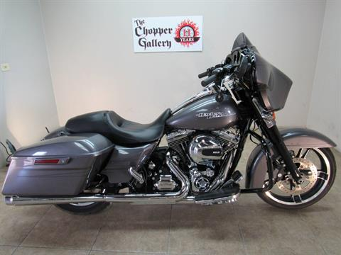 2015 Harley-Davidson Street Glide® Special in Temecula, California - Photo 9