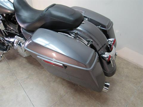 2015 Harley-Davidson Street Glide® Special in Temecula, California - Photo 34