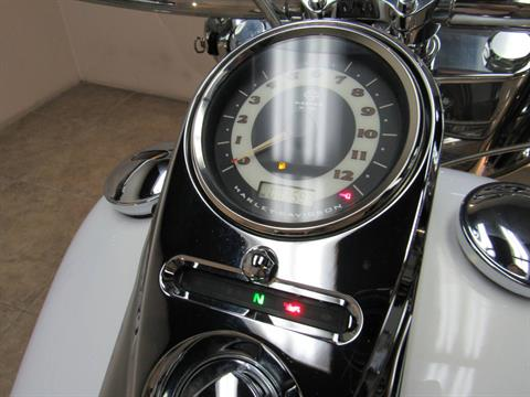 2007 Harley-Davidson Softail® Deluxe in Temecula, California - Photo 22
