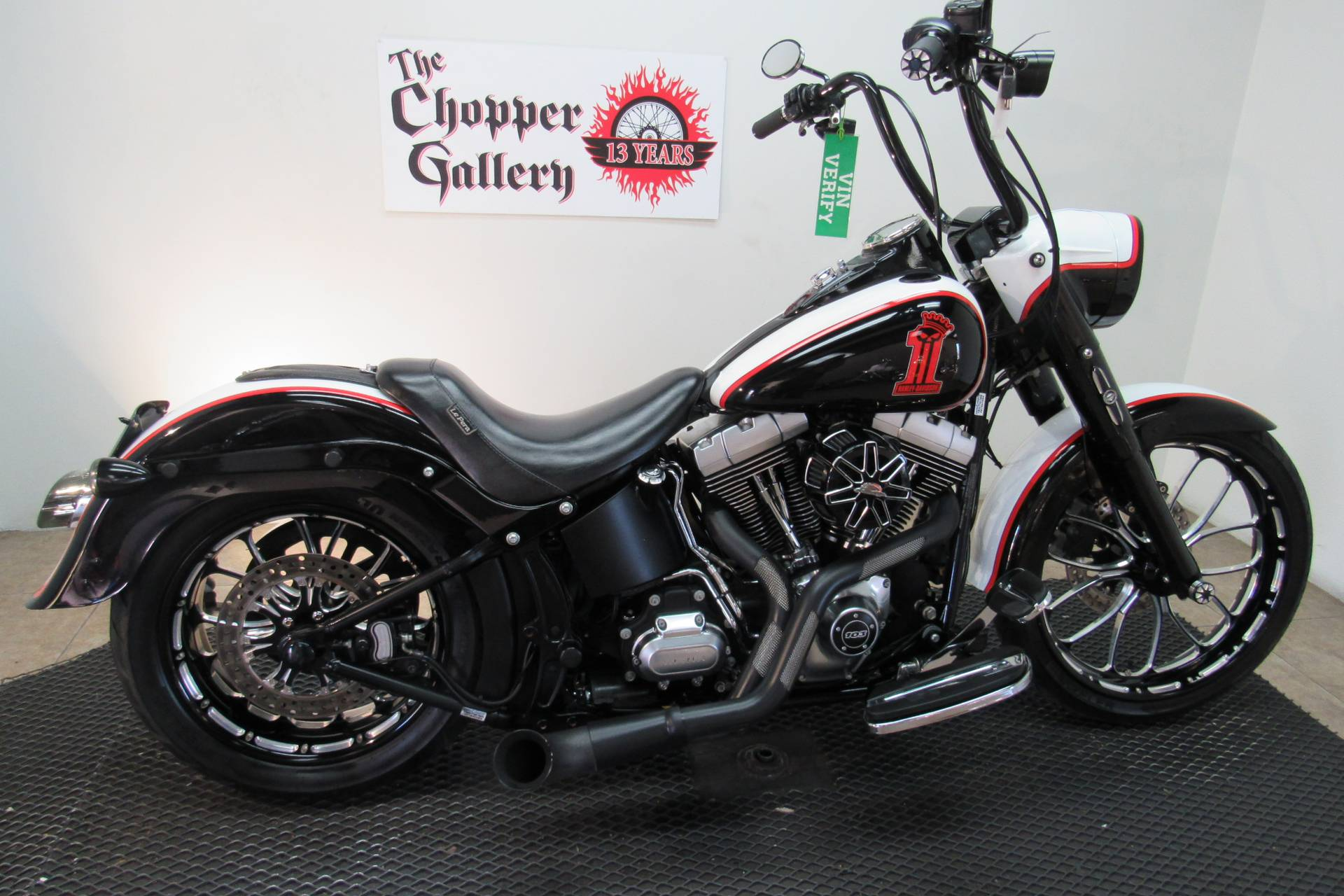2014 Harley-Davidson Fat Boy® Lo in Temecula, California - Photo 5