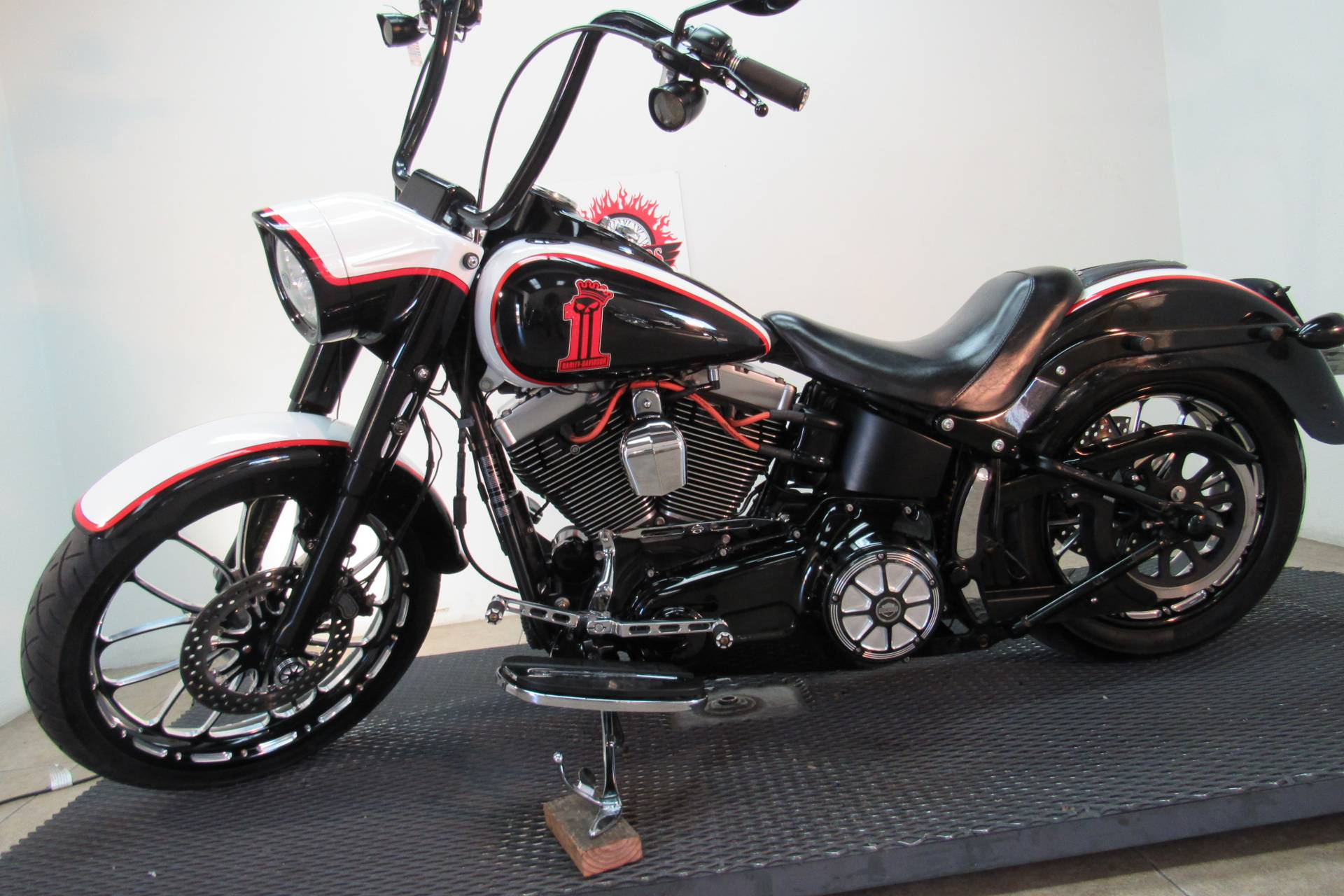 2014 Harley-Davidson Fat Boy® Lo in Temecula, California - Photo 1