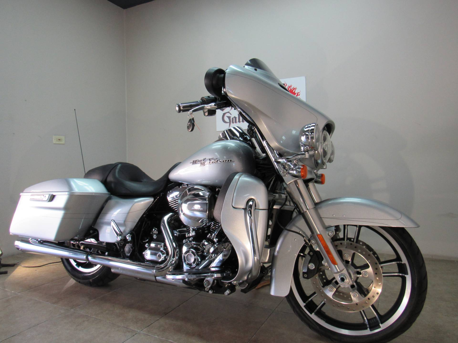 2015 Harley-Davidson Street Glide® Special in Temecula, California - Photo 12