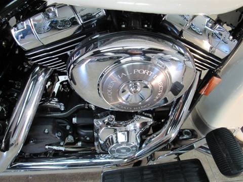 2003 Harley-Davidson FLHRCI Road King® Classic in Temecula, California - Photo 12