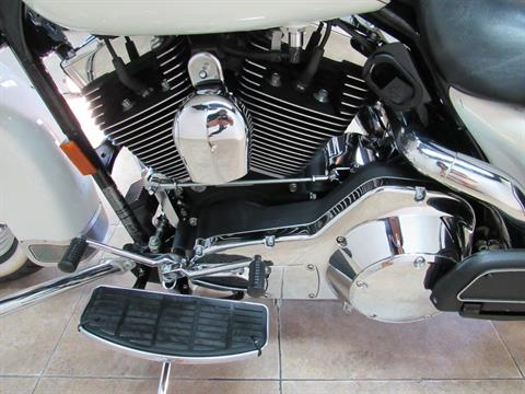 2003 Harley-Davidson FLHRCI Road King® Classic in Temecula, California - Photo 27