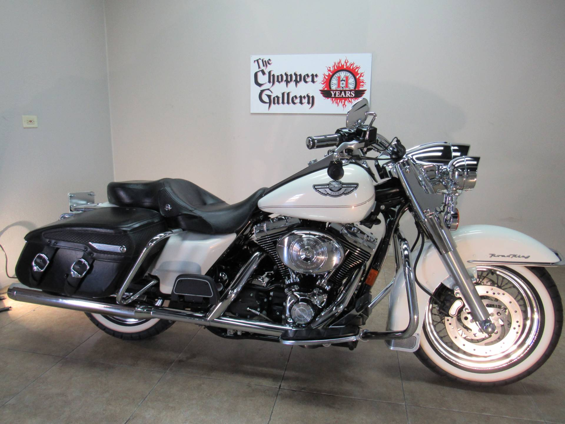 2003 Harley-Davidson FLHRCI Road King® Classic in Temecula, California - Photo 13