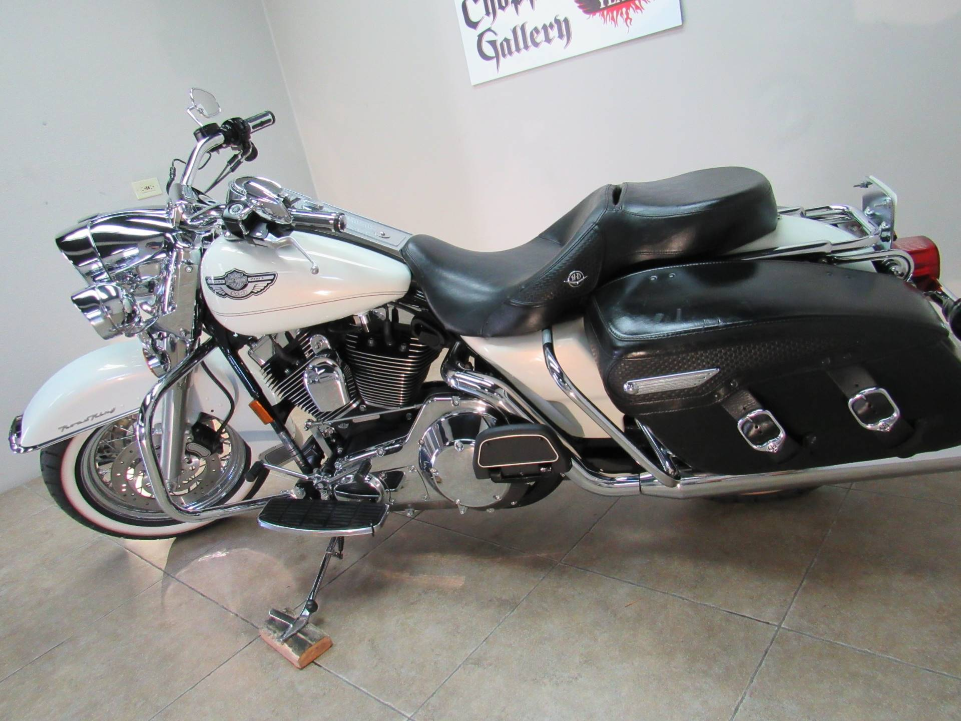 2003 Harley-Davidson FLHRCI Road King® Classic in Temecula, California - Photo 31
