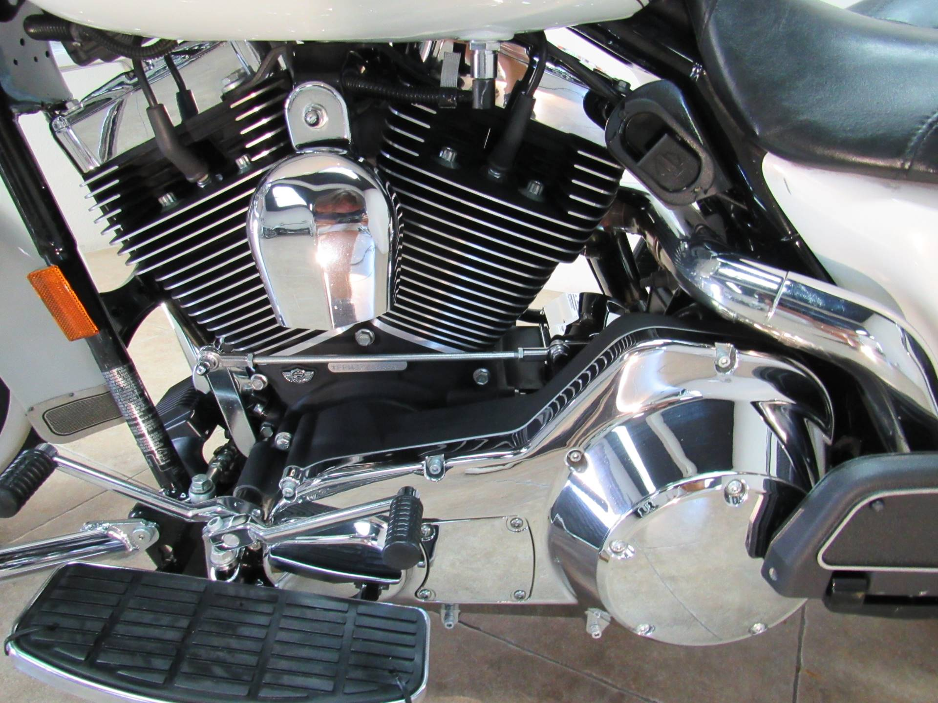 2003 Harley-Davidson FLHRCI Road King® Classic in Temecula, California - Photo 6