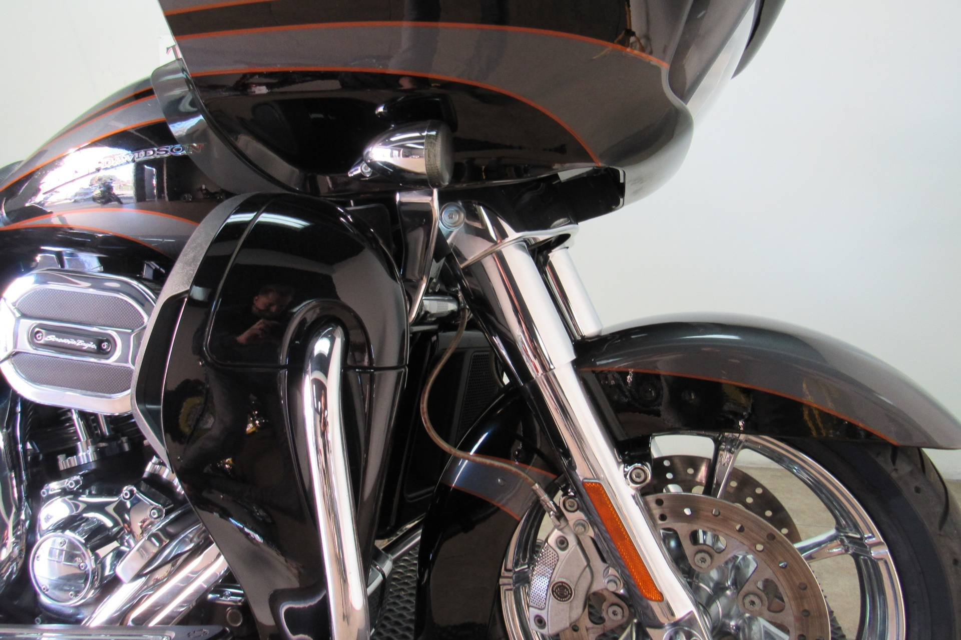 2016 Harley-Davidson CVO™ Road Glide™ Ultra in Temecula, California - Photo 12