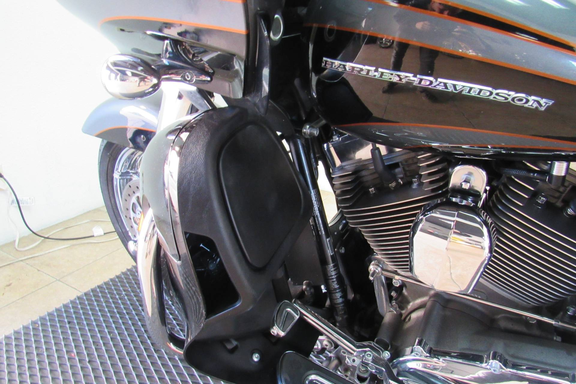 2016 Harley-Davidson CVO™ Road Glide™ Ultra in Temecula, California - Photo 35