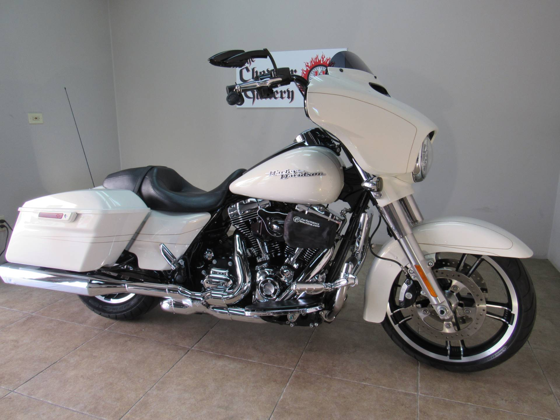 2015 Harley-Davidson Street Glide® Special in Temecula, California - Photo 24