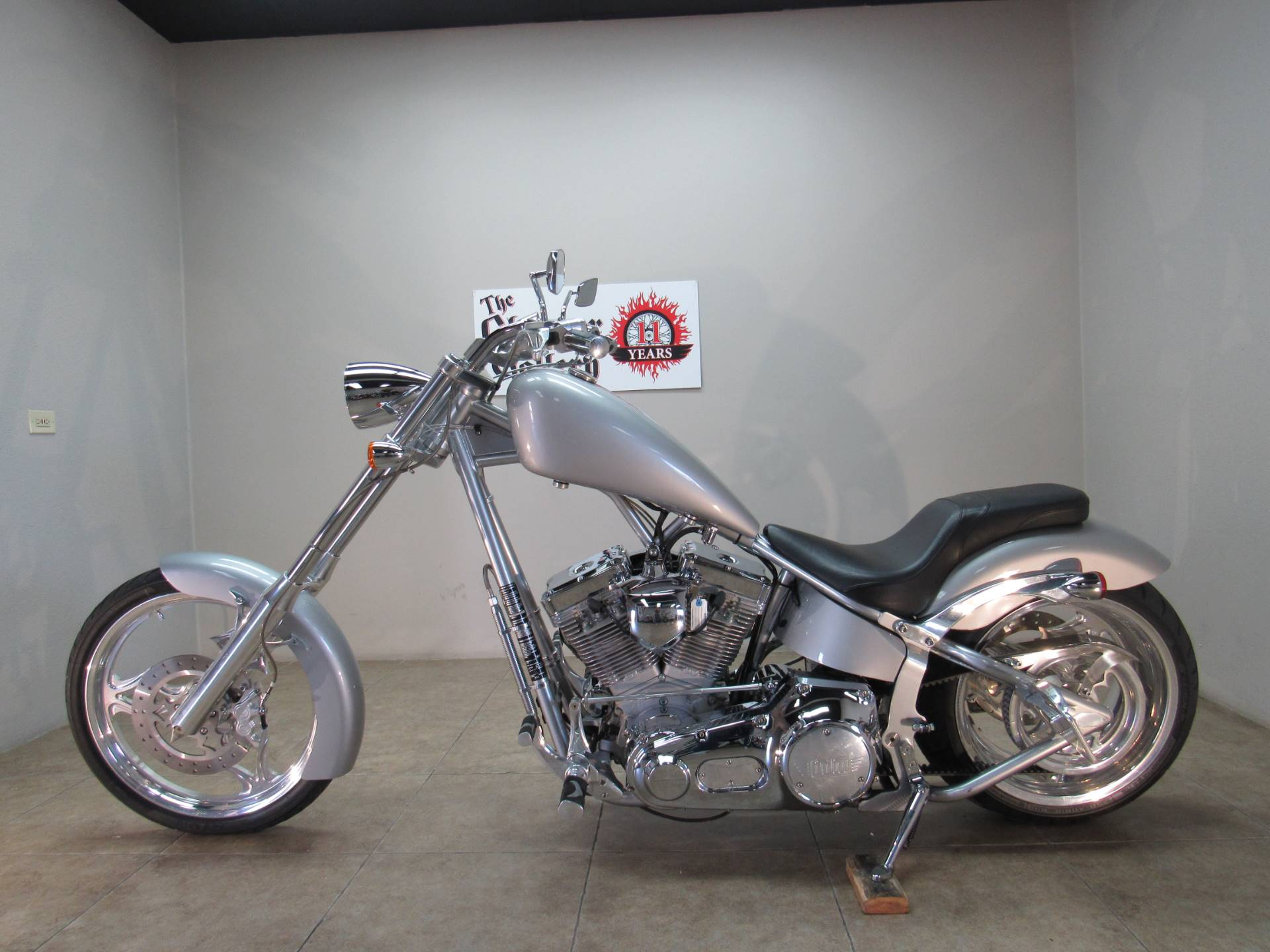 2004 Big Dog Motorcycles Chopper in Temecula, California - Photo 2