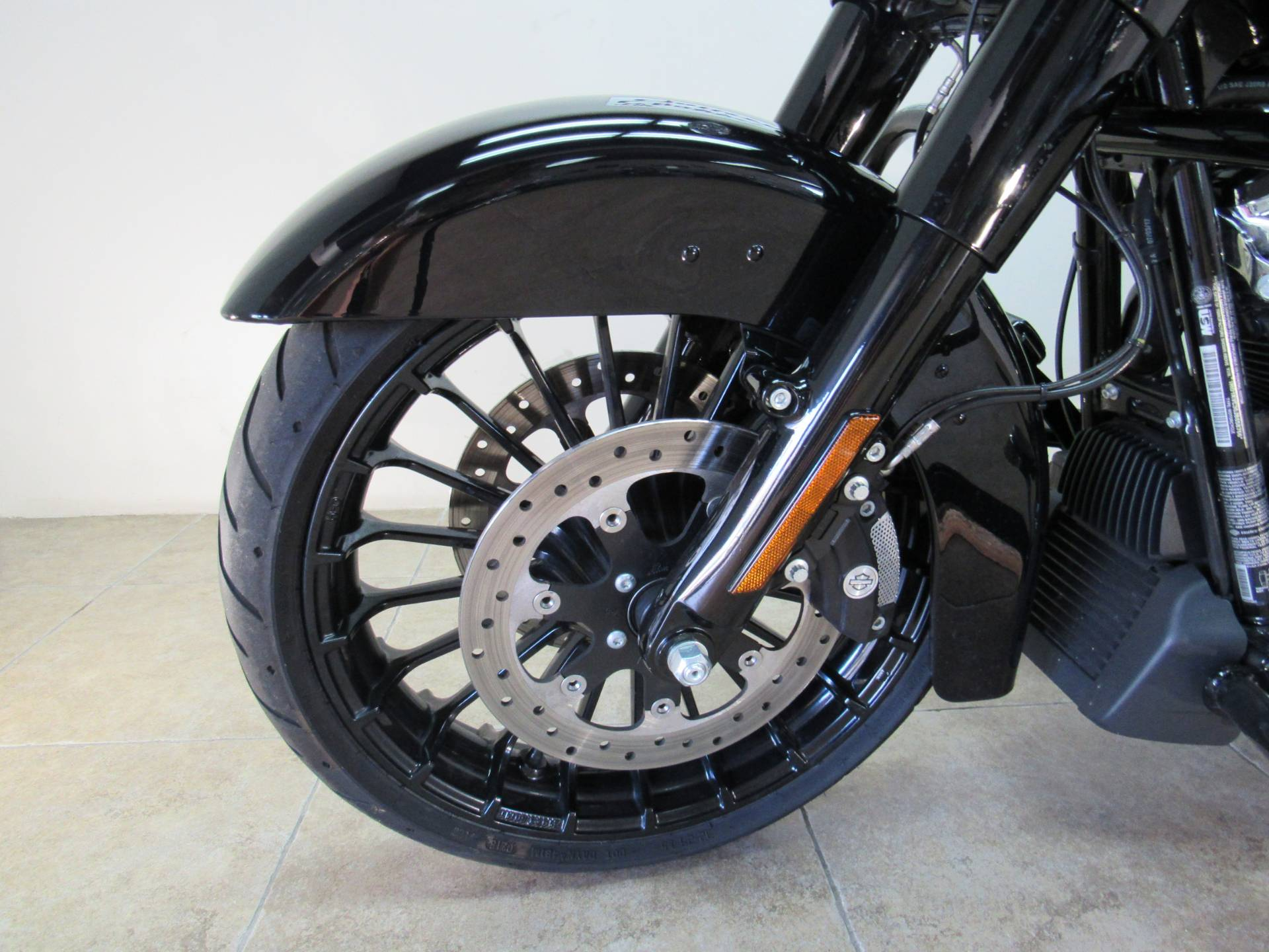 2018 Harley-Davidson Road King® Special in Temecula, California - Photo 32