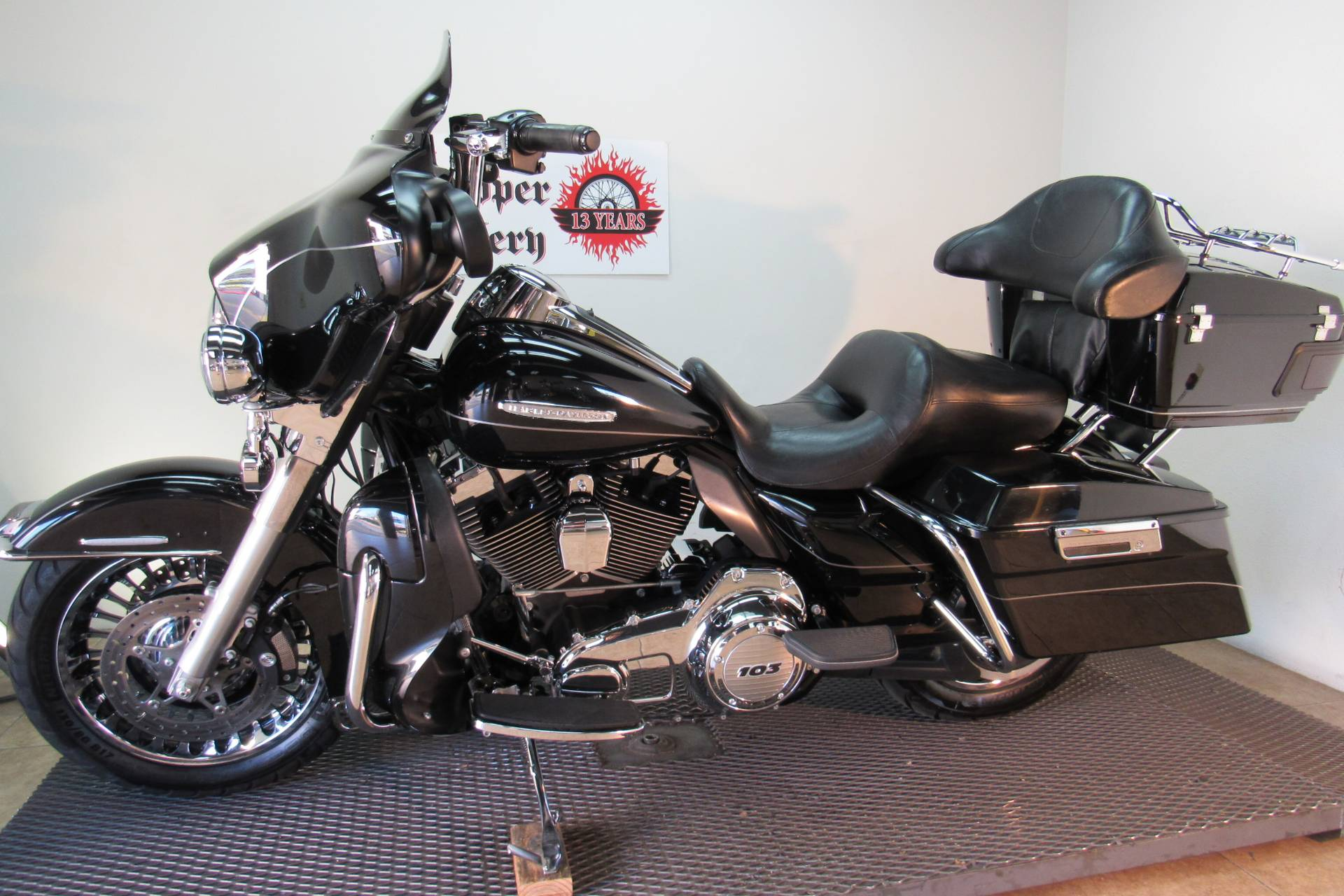 2013 Harley-Davidson Electra Glide® Ultra Limited in Temecula, California - Photo 2