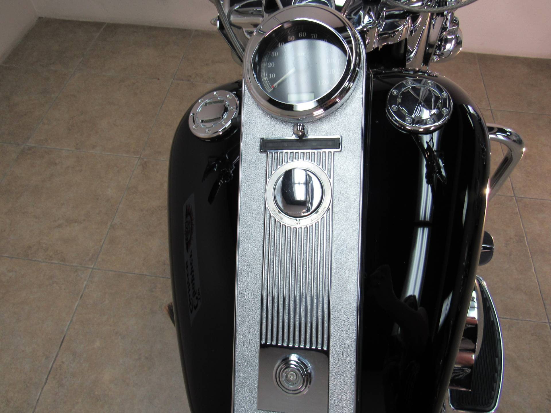 2007 Harley-Davidson FLHRC Road King® Classic in Temecula, California - Photo 17