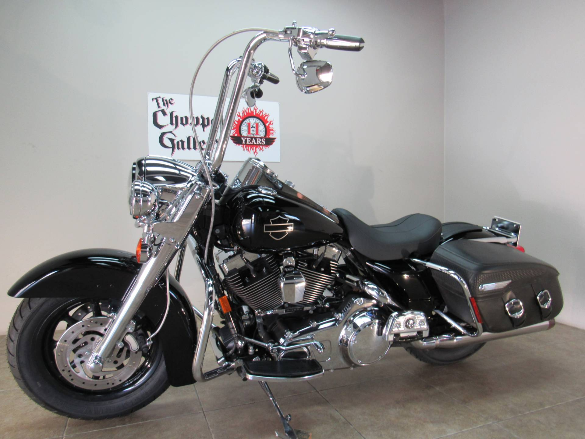 2007 Harley-Davidson FLHRC Road King® Classic in Temecula, California - Photo 6