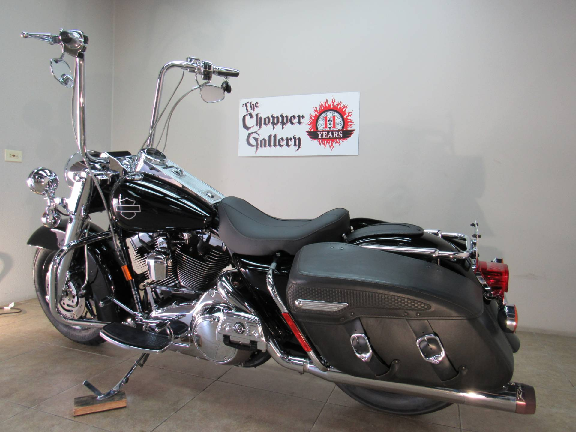 2007 Harley-Davidson FLHRC Road King® Classic in Temecula, California - Photo 7