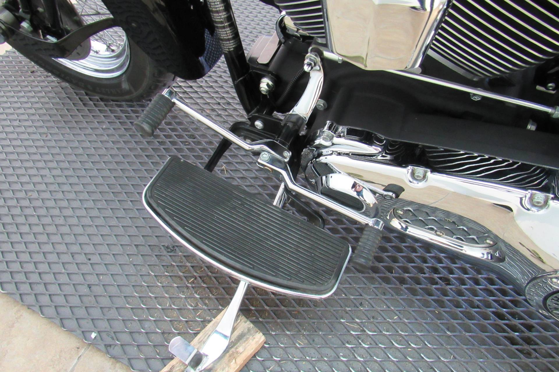 2006 Harley-Davidson Softail® Springer® Classic in Temecula, California - Photo 20