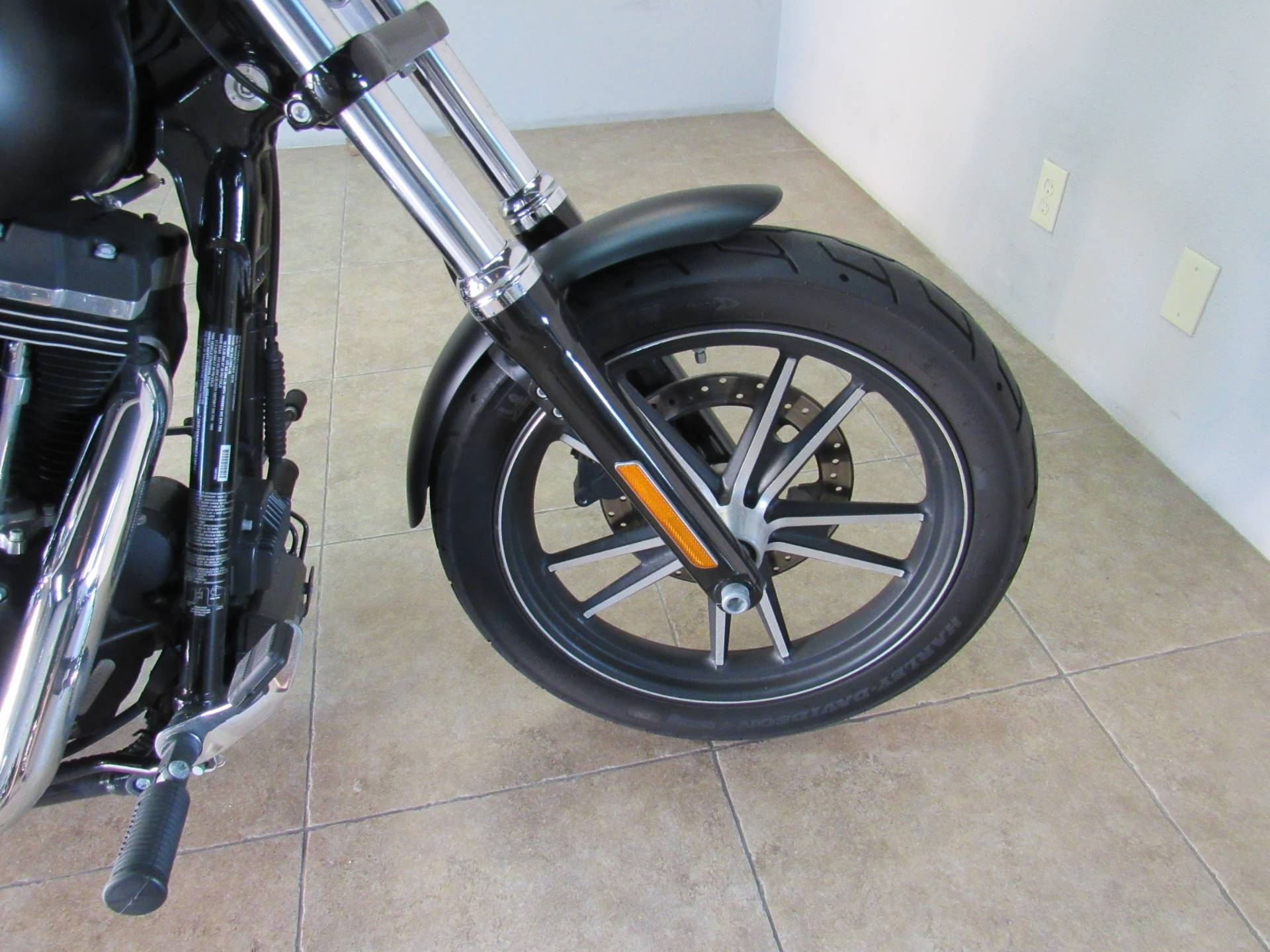 2016 Harley-Davidson Street Bob® in Temecula, California - Photo 6