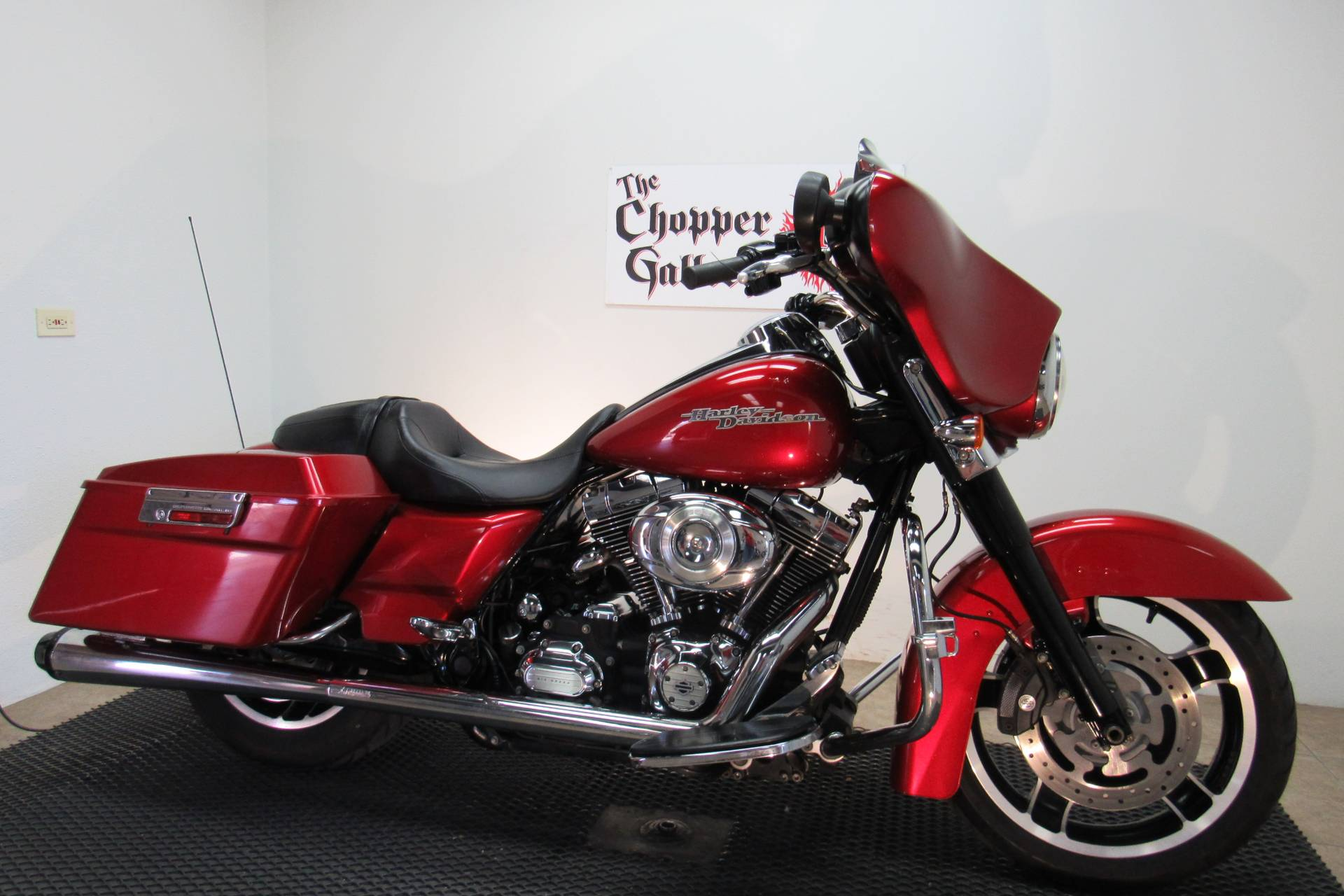 2012 Harley-Davidson Street Glide® in Temecula, California - Photo 3