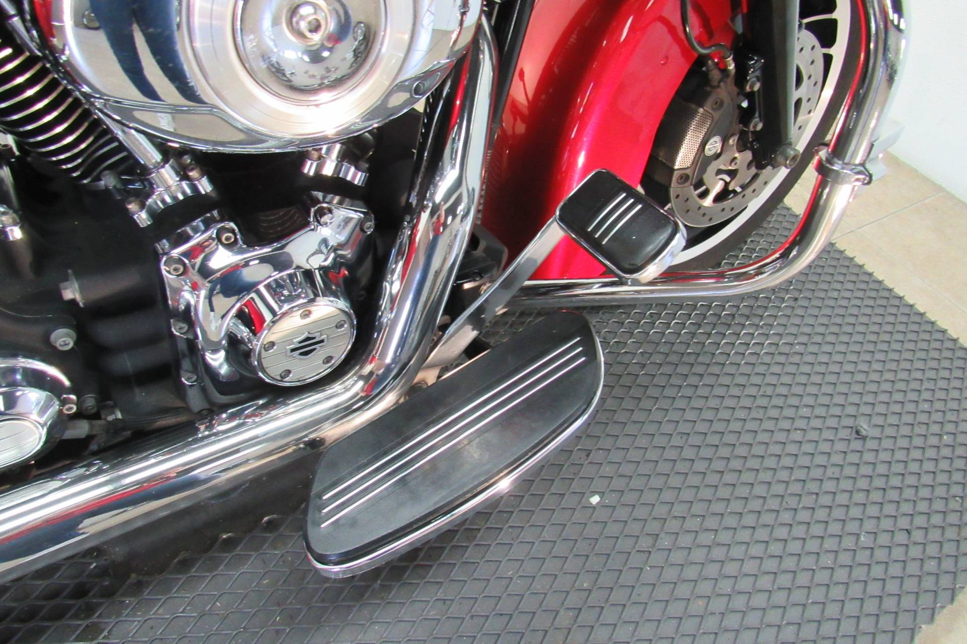 2012 Harley-Davidson Street Glide® in Temecula, California - Photo 13