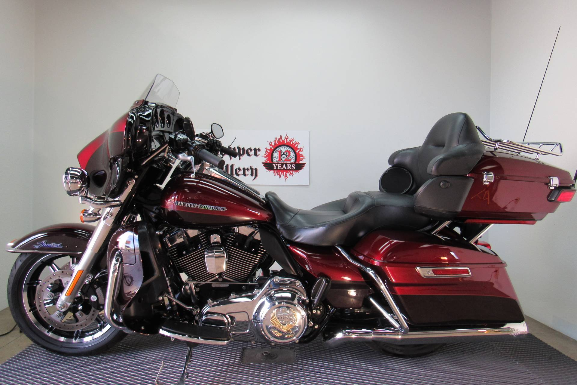 2015 Harley-Davidson Ultra Limited Low in Temecula, California - Photo 2