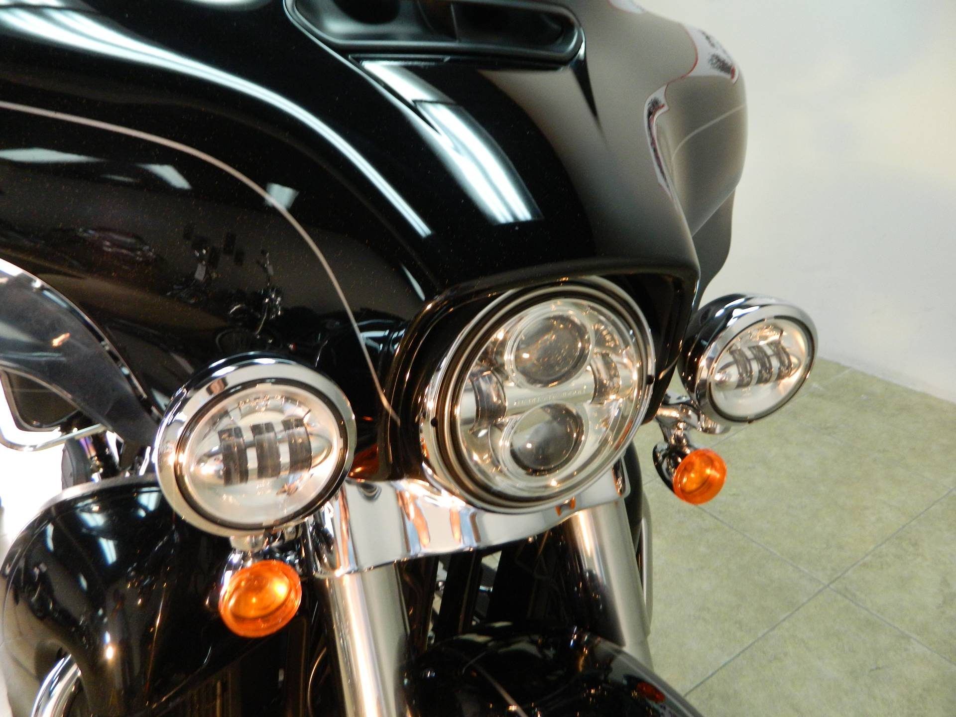 2015 Harley-Davidson Ultra Limited in Temecula, California - Photo 4