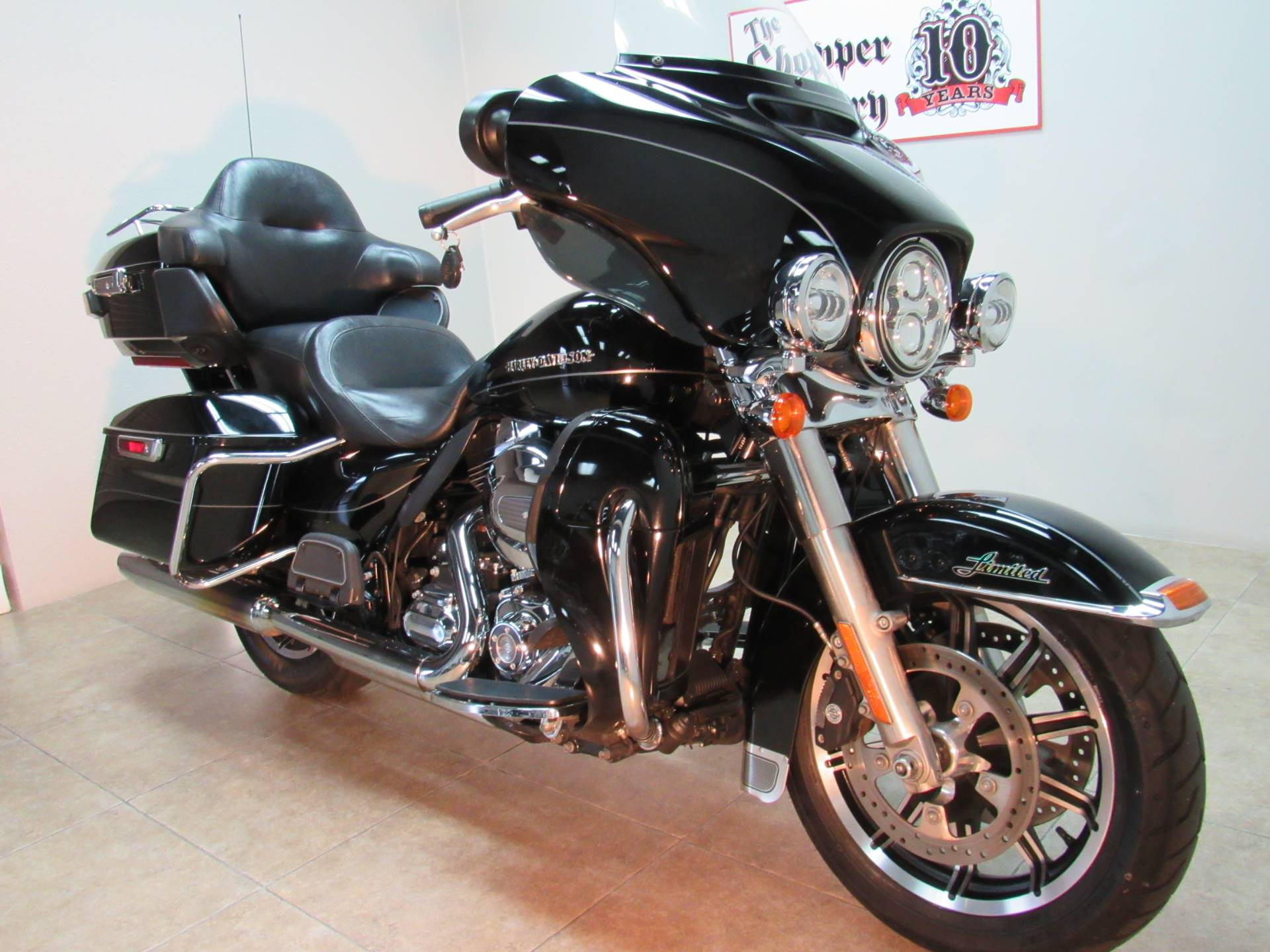 2015 Harley-Davidson Ultra Limited in Temecula, California - Photo 2