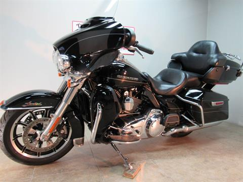 2015 Harley-Davidson Ultra Limited in Temecula, California - Photo 1