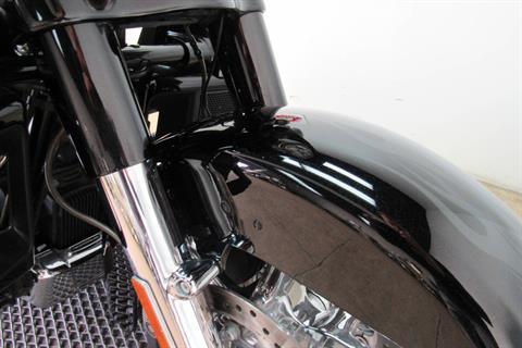 2015 Harley-Davidson CVO™ Street Glide® in Temecula, California - Photo 11
