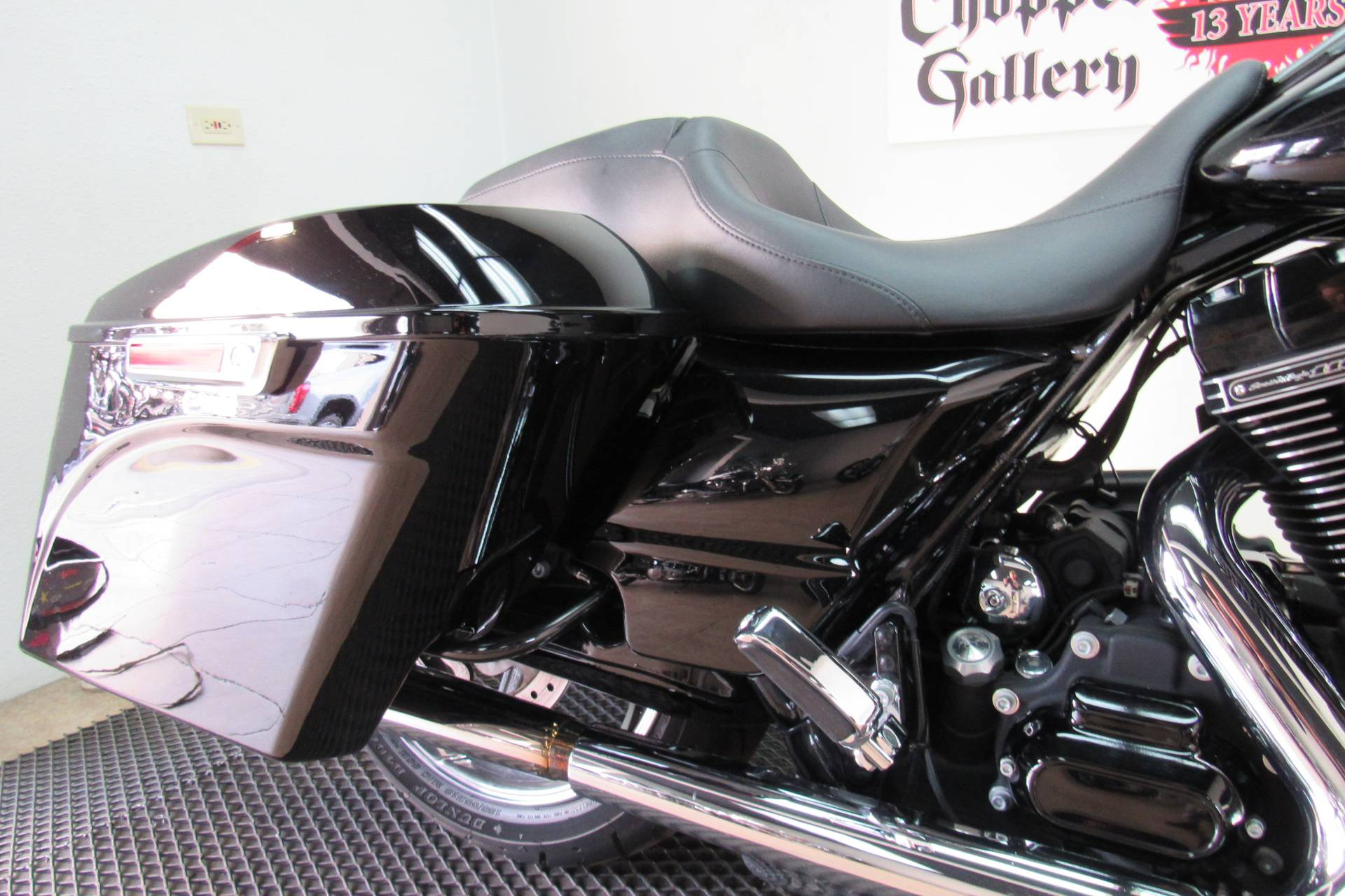 2015 Harley-Davidson CVO™ Street Glide® in Temecula, California - Photo 14