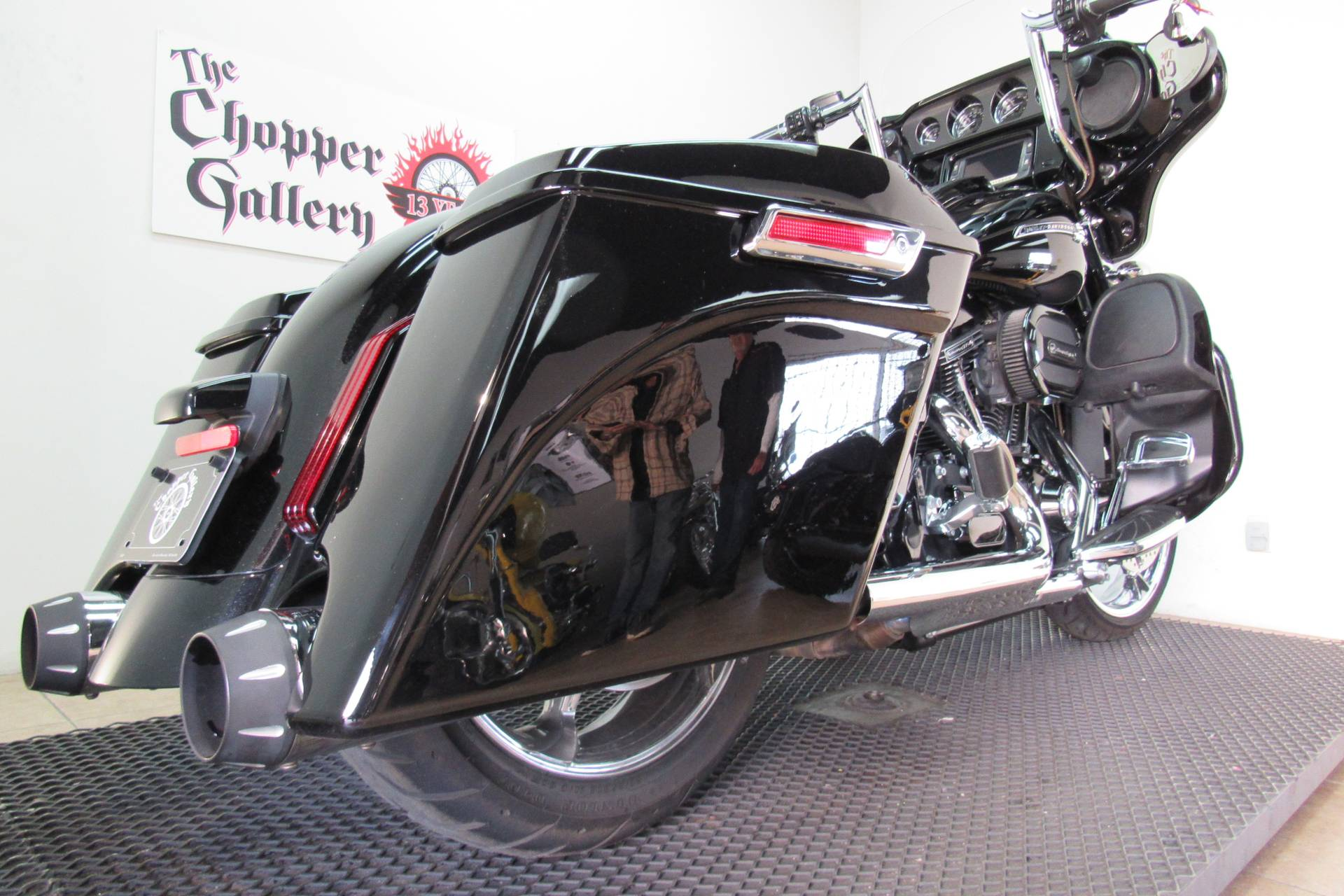 2015 Harley-Davidson CVO™ Street Glide® in Temecula, California - Photo 22