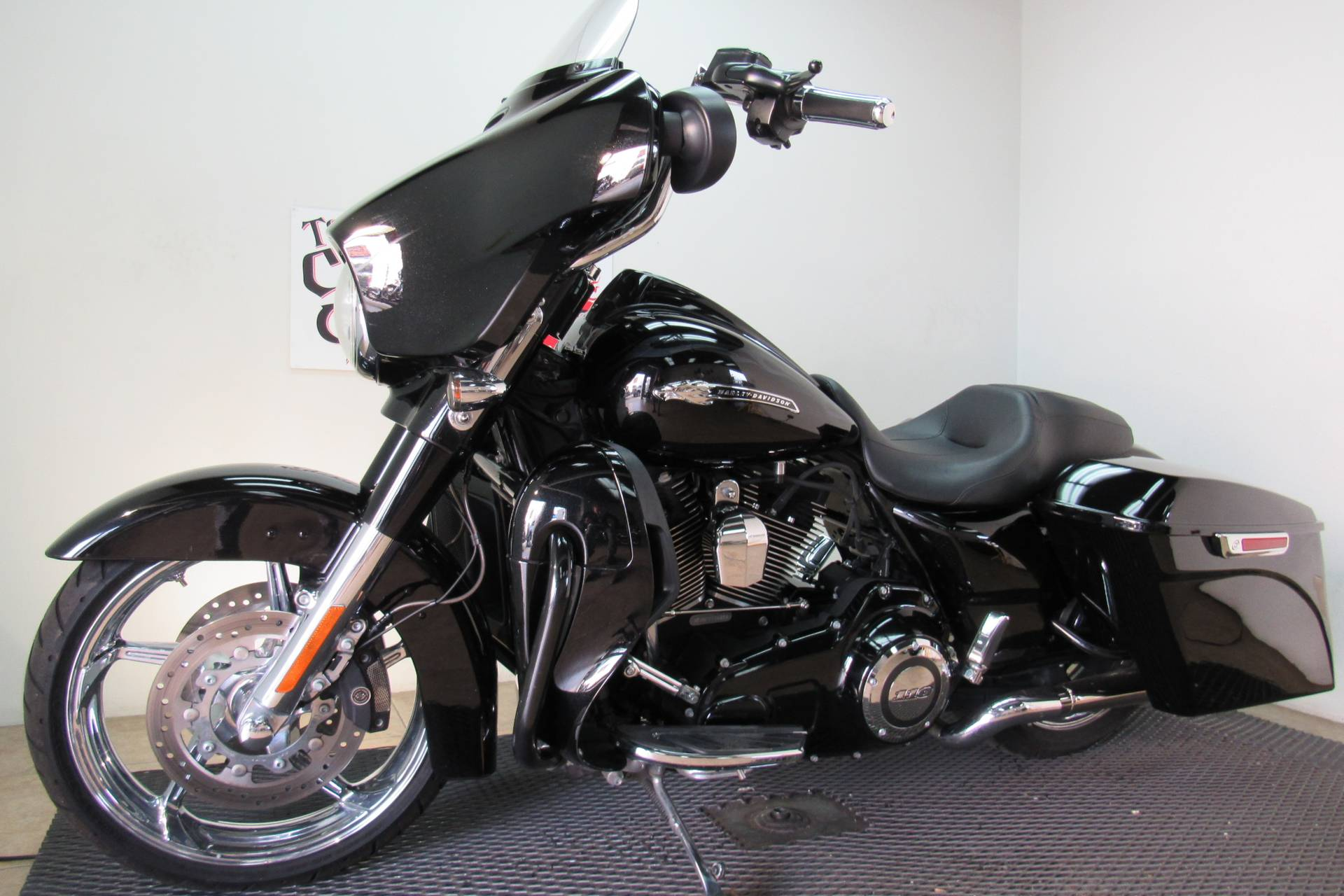 2015 Harley-Davidson CVO™ Street Glide® in Temecula, California - Photo 1