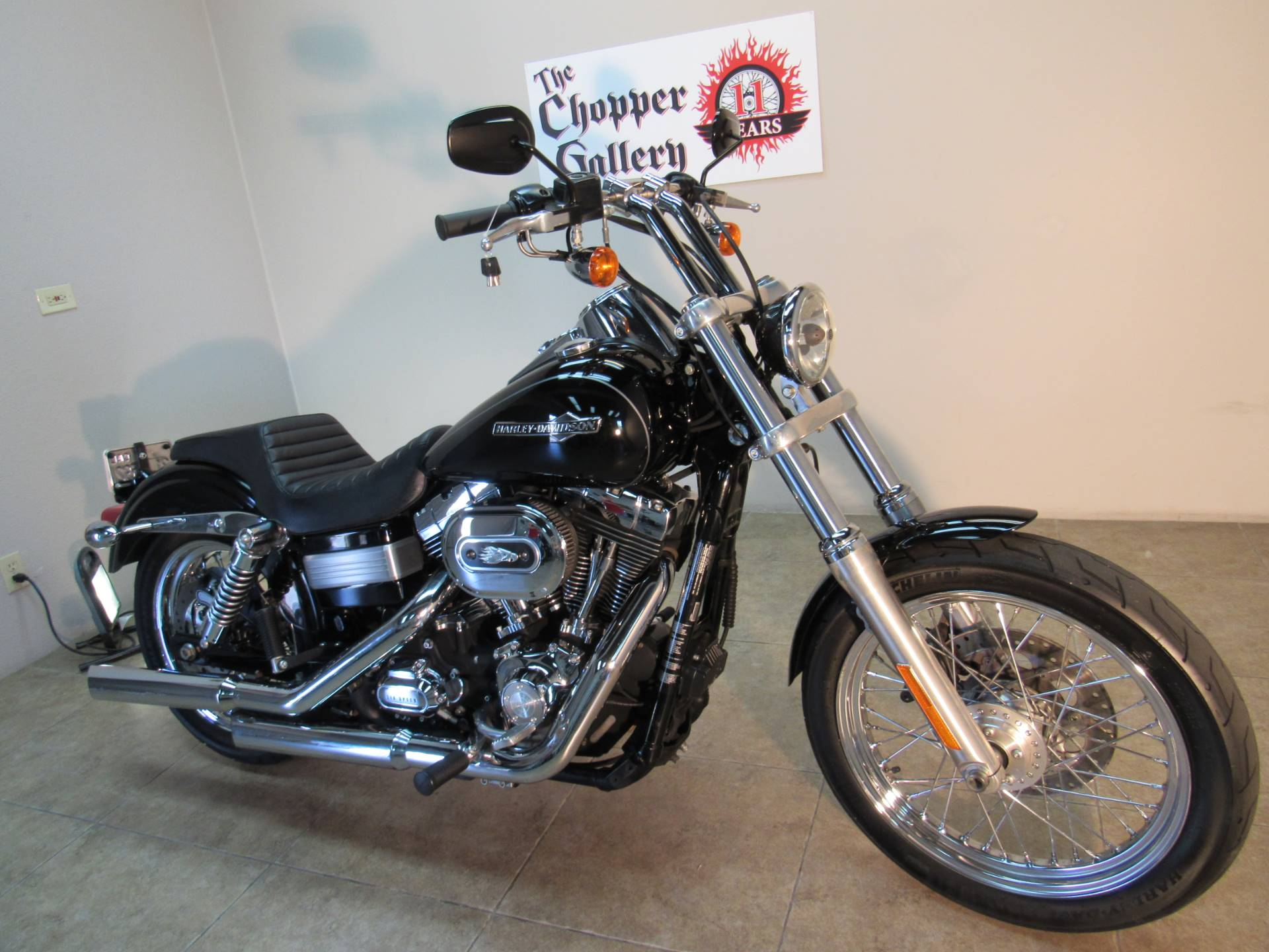 2012 Harley-Davidson Dyna® Super Glide® Custom in Temecula, California - Photo 11