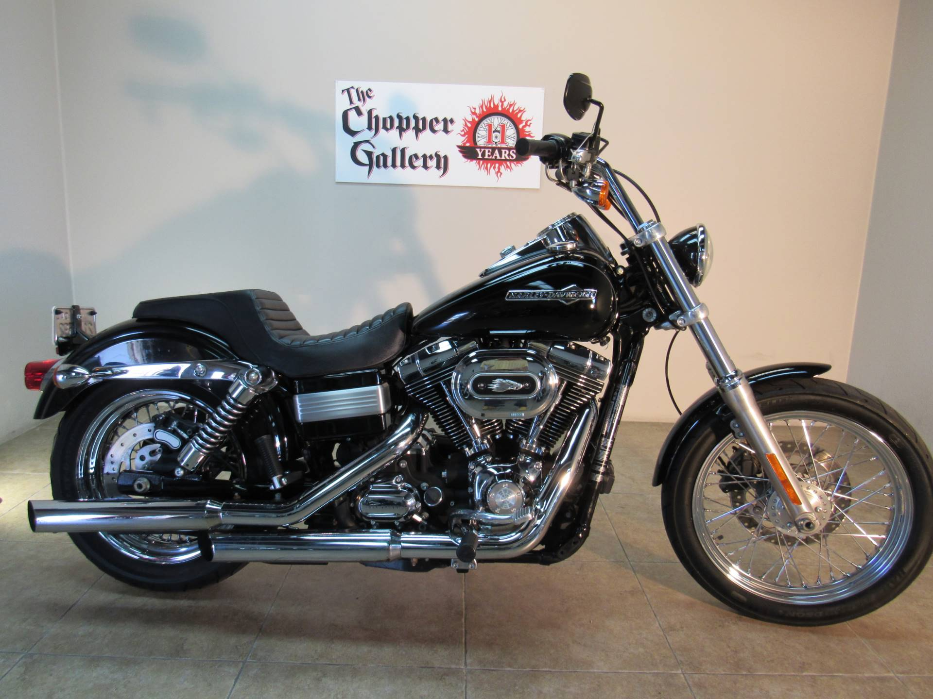 2012 Harley-Davidson Dyna® Super Glide® Custom in Temecula, California - Photo 12