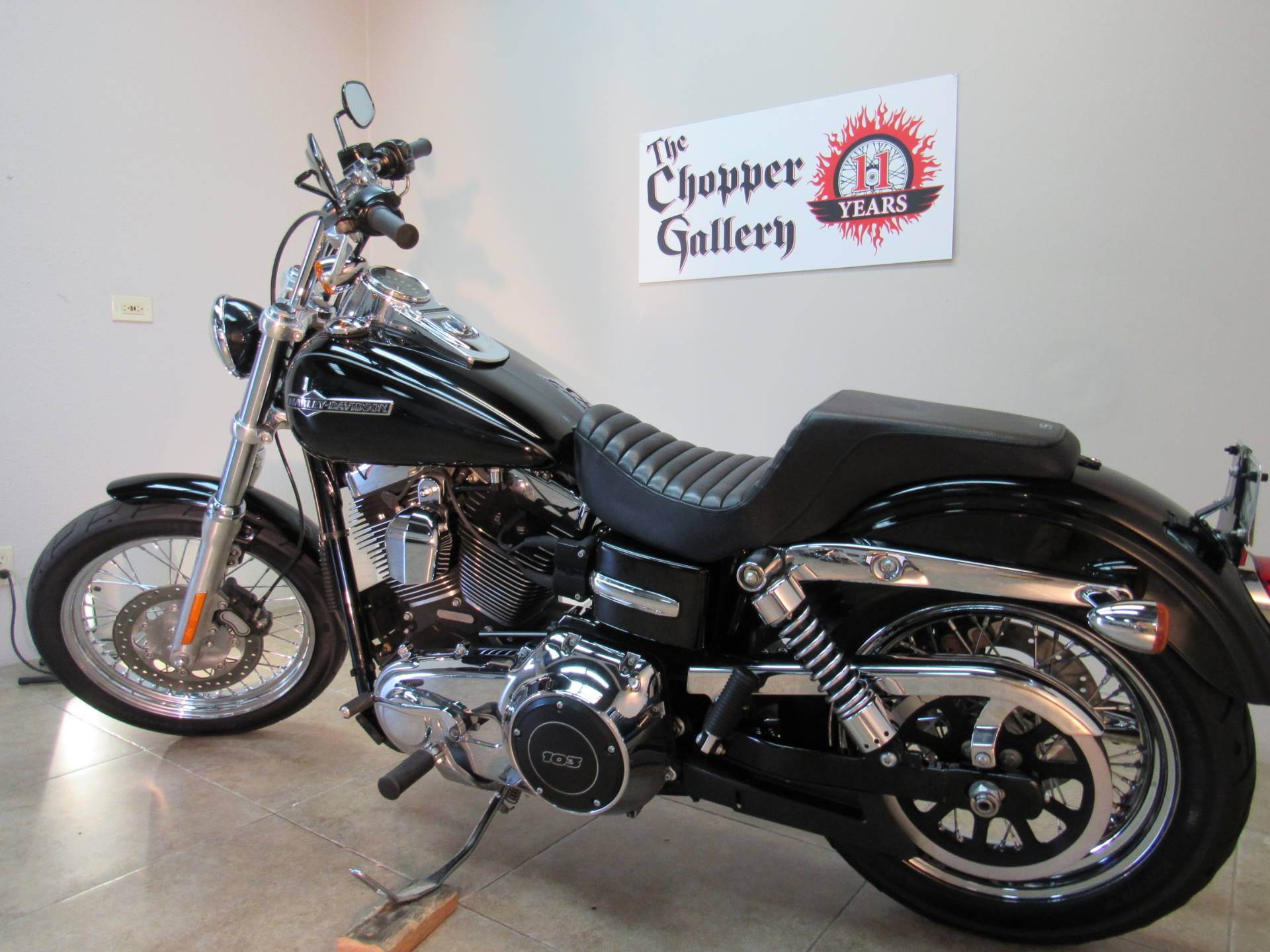 2012 Harley-Davidson Dyna® Super Glide® Custom in Temecula, California - Photo 27