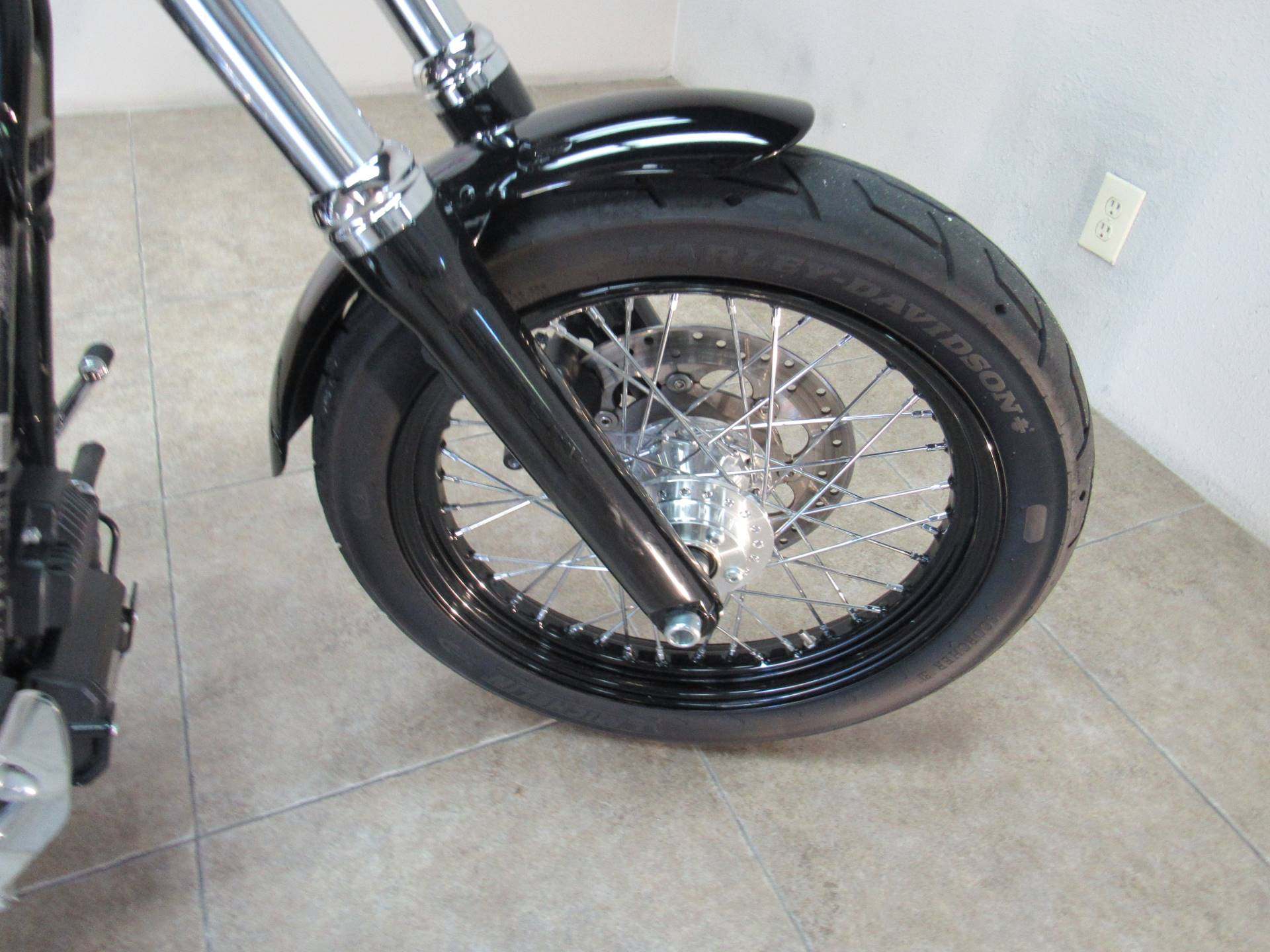 2015 Harley-Davidson Street Bob® in Temecula, California - Photo 12
