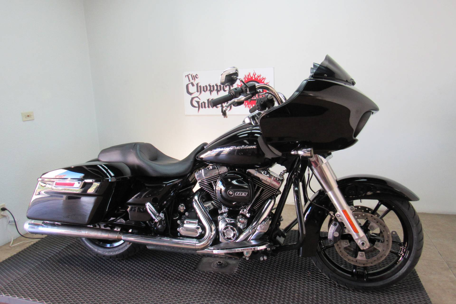 2015 Harley-Davidson Road Glide® in Temecula, California - Photo 3