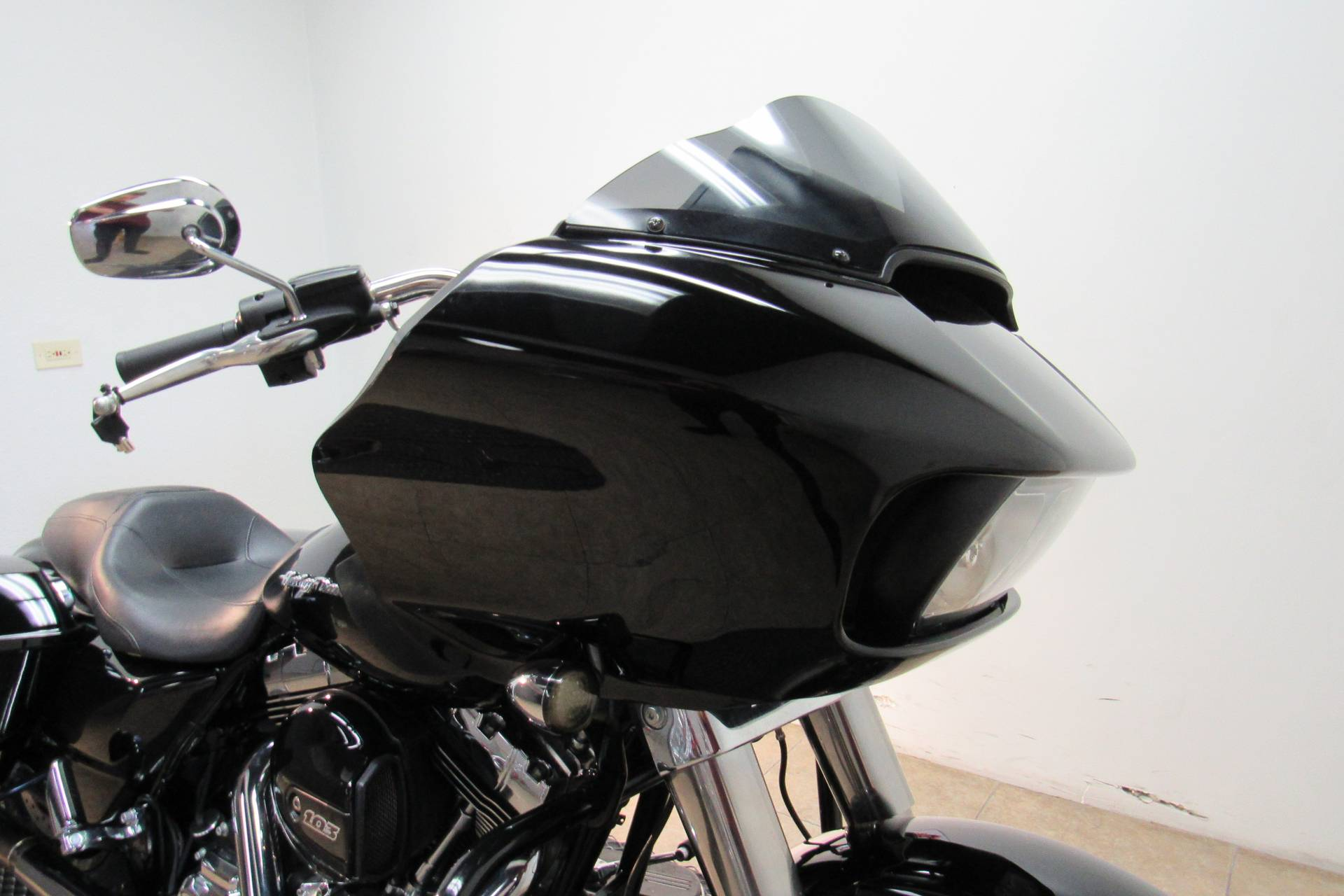 2015 Harley-Davidson Road Glide® in Temecula, California - Photo 10