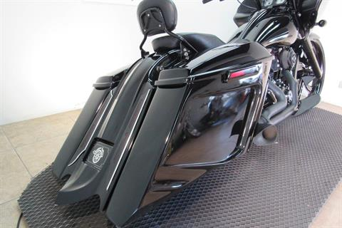 2015 Harley-Davidson Road Glide® Special in Temecula, California - Photo 21
