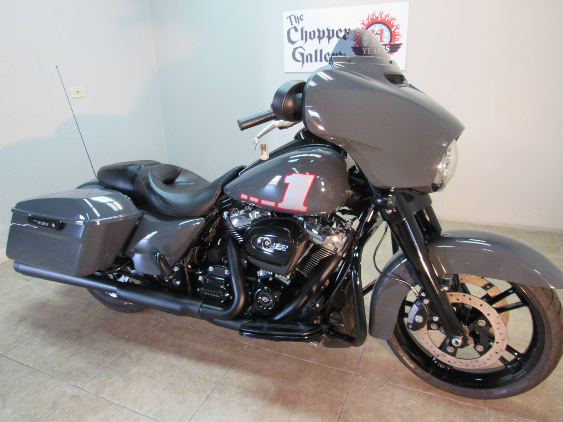 2018 Harley-Davidson Street Glide Special 6